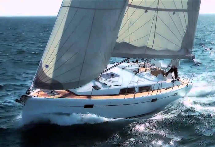 Hanse 411<br /> (from Catania and Brucoli)