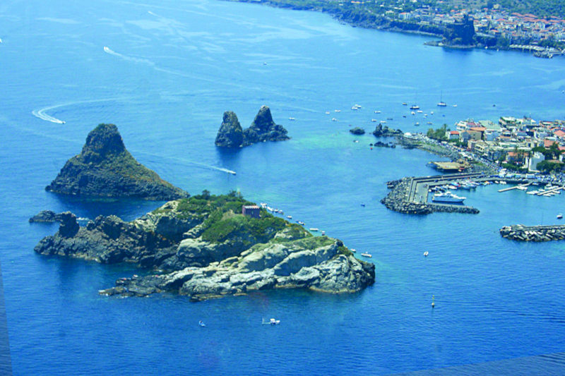 Ciclopi Islands