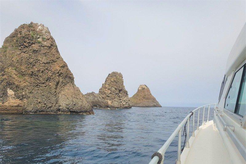 Sicily - Ciclopi islands faraglioni - Acitrezza