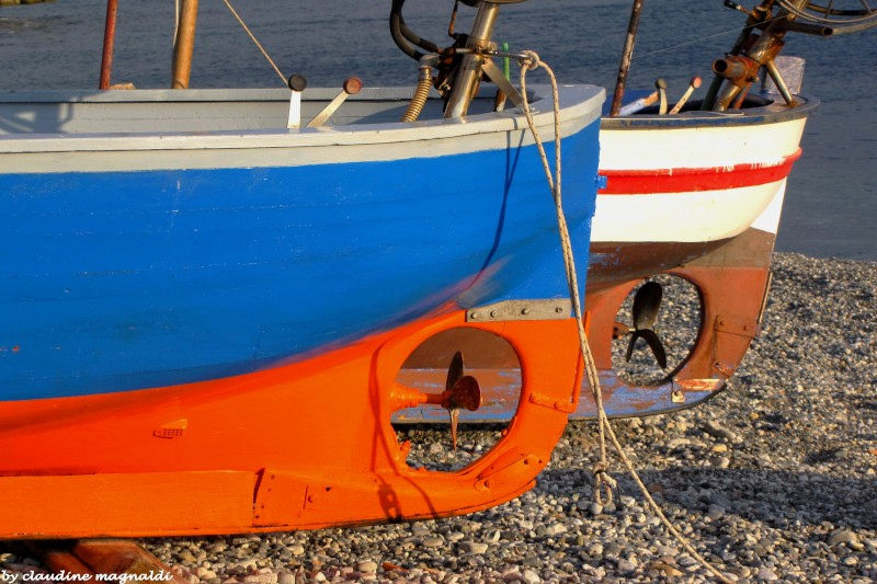 Fishing game - wooden boats