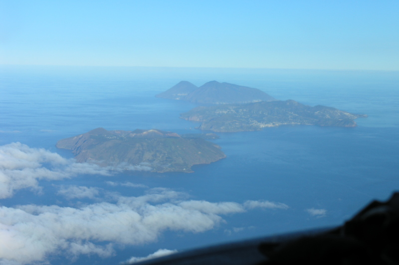 Helicopter flight volcanos of Sicily