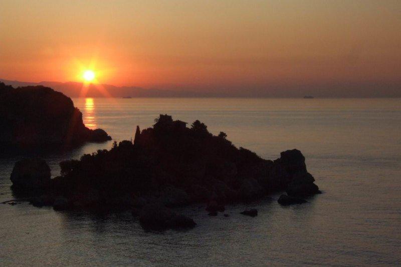 Taormina - Isola Bella sunset