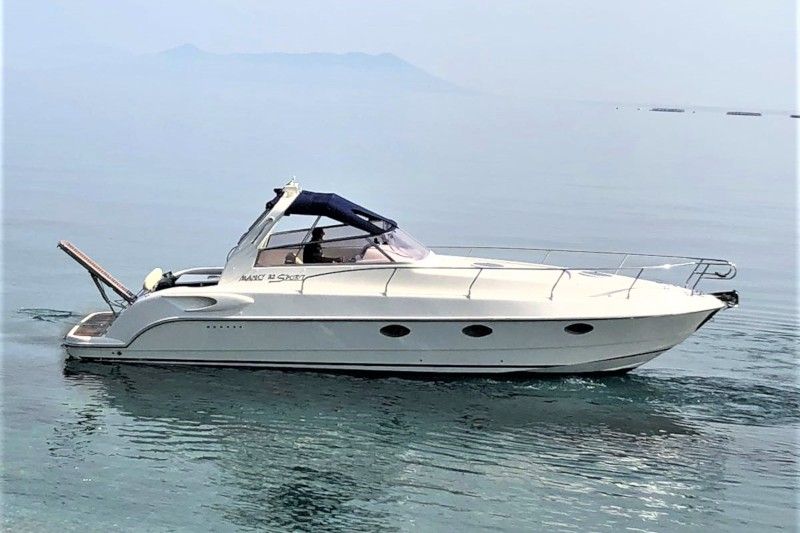 Water taxi - Luxury transfer - Mano 32