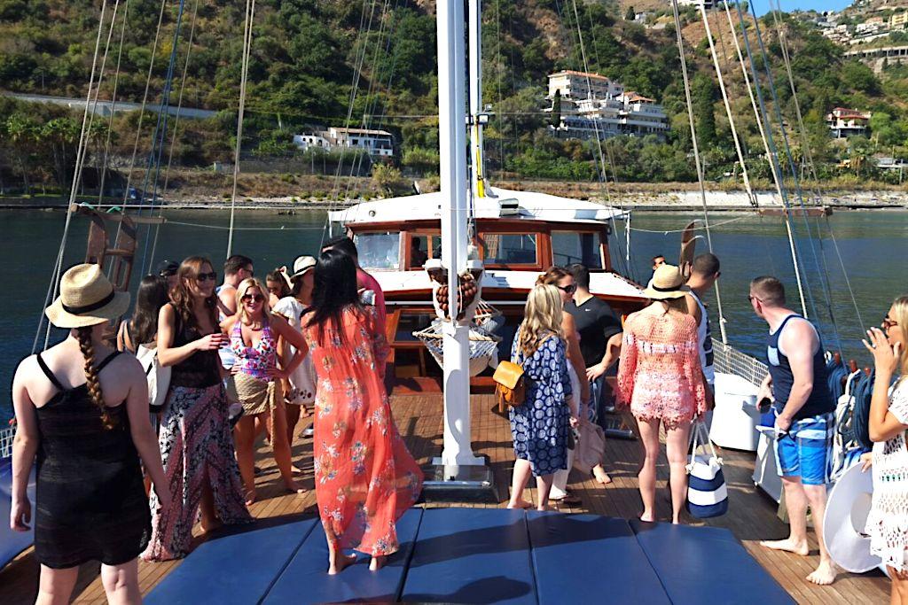 MICE - TAORMINA - ETNA - Gulet party on board