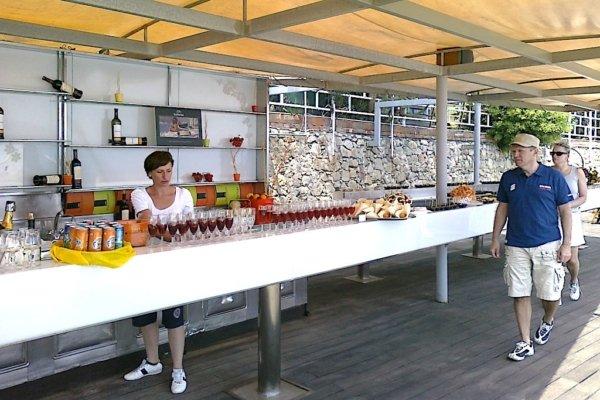 MICE - TAORMINA - ETNA - Lunch at a beach bar