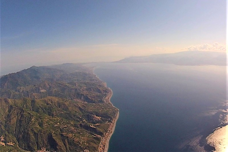 Streight of Messina - Helicopter flight volcanoes of Sicily