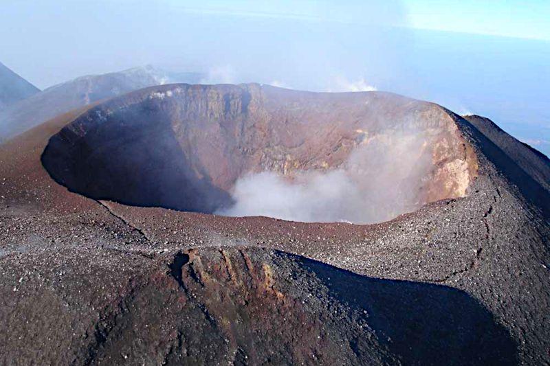 Vulcano - Helicopter flight volcanoes of Sicily