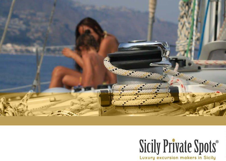 Copertina portfolio 2019 Sicily Spot